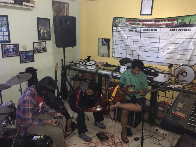 Studio Band