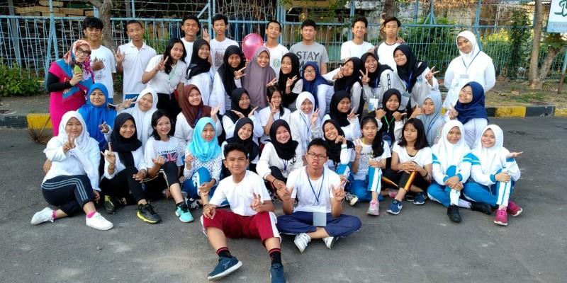 Tim paduan Suara SMA Dr Soetomo Surabaya