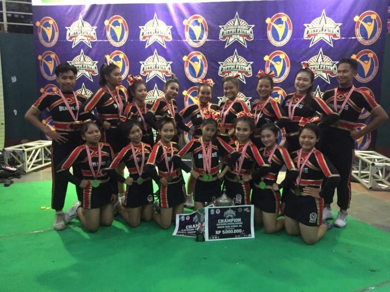 Cheerleaders SMA Dr. Soetomo