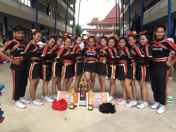 Cheerleaders SMADORS juara lagi
